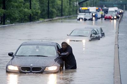 5-langkah-pertolongan-pertama-pada-mobil-terendam