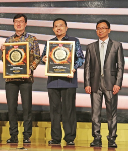 summarecon-raih-6-penghargaan-golden-property-awards-2017