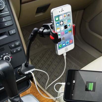 bahaya-charger-handphone-di-mobil